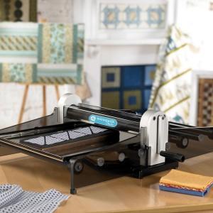 Maquina de Corte de Tecido Studio (50800)